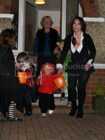 Trick-or-treating3 Halloween 2010