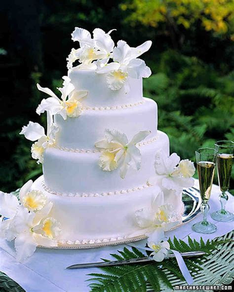 White Orchid Cake