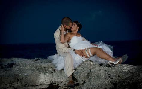 Tropical Mexico Wedding   Destination Wedding Photographer