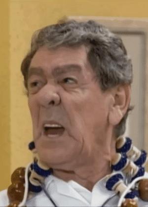 """O humorista Tutuca no """"Zorra Total"""" (Globo), em 2003"""