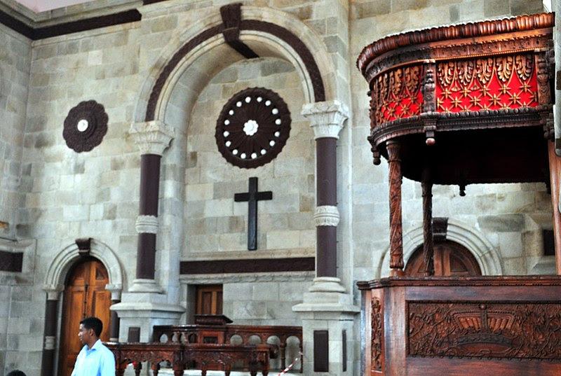 File:Interior church altar Rova Antananarivo Madagascar.jpg