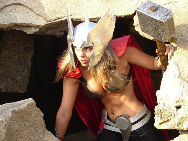 Sexy cosplay Thor