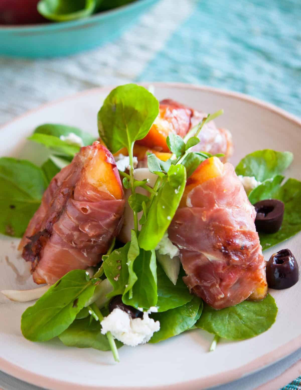 Grilled-Peach-Salad-Prosciutto-Goat-Cheese-everydaysouthwest.com