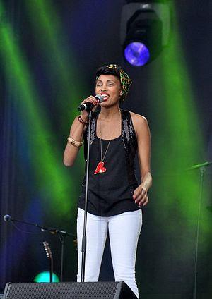 Français : Imany au concert pour l'égalité de ...