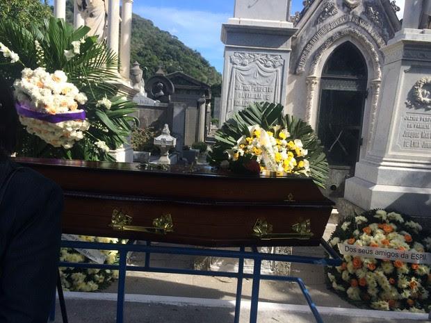 Enterro de Guilherme Karam (Foto: Luciana Tecidio / EGO)