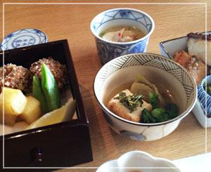 パレスホテル東京「和田倉」の野点会席。綺麗なお弁当です。