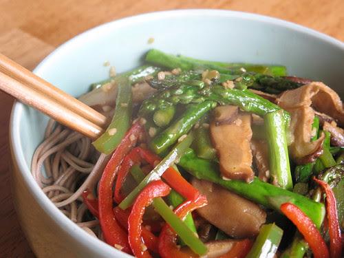 Soba with veggies