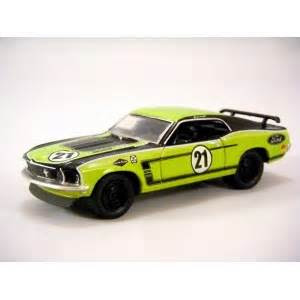 greenlight muscle car garage  ford mustang boss