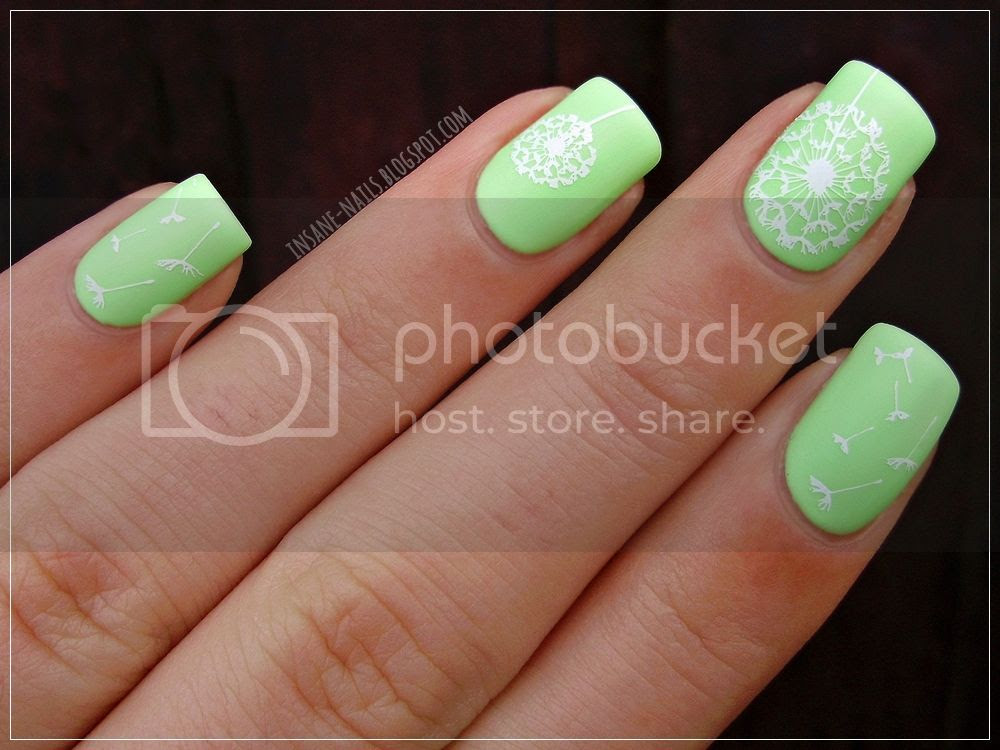 photo matching-manicures-green-nails-2_zpsbbywp8gm.jpg