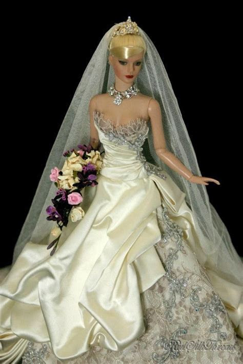 64 best Wedding dolls images on Pinterest   Bride dolls