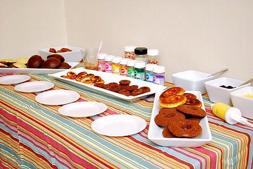 Kitchen Playdate: Doughnut Party!