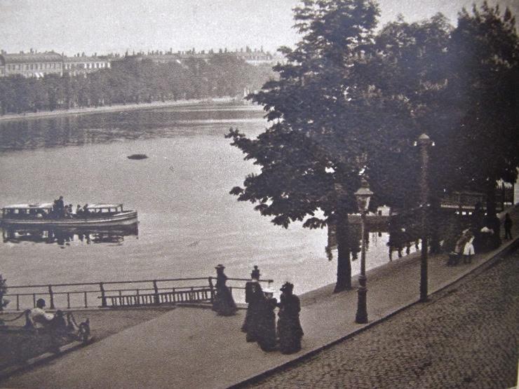 Queen Louises Bridge 1898