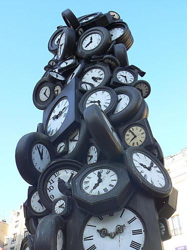 horloge Arman.jpg