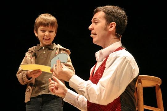 Magician Evan Brooklyn, NY - Comedy Magic, Stage Magic, General Magic, Close-up Magic