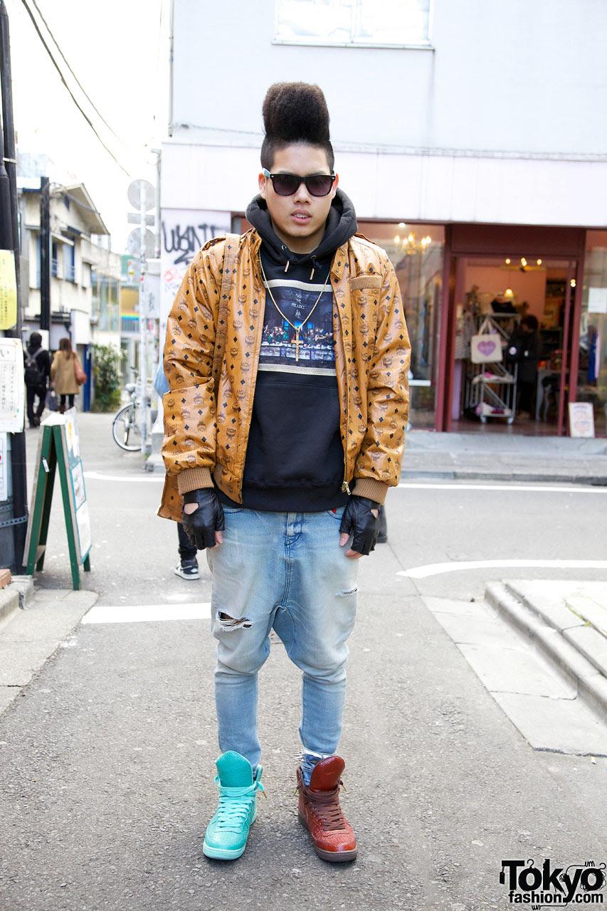 harajuku streetwear designer in 4jigen swagger  phenomenon