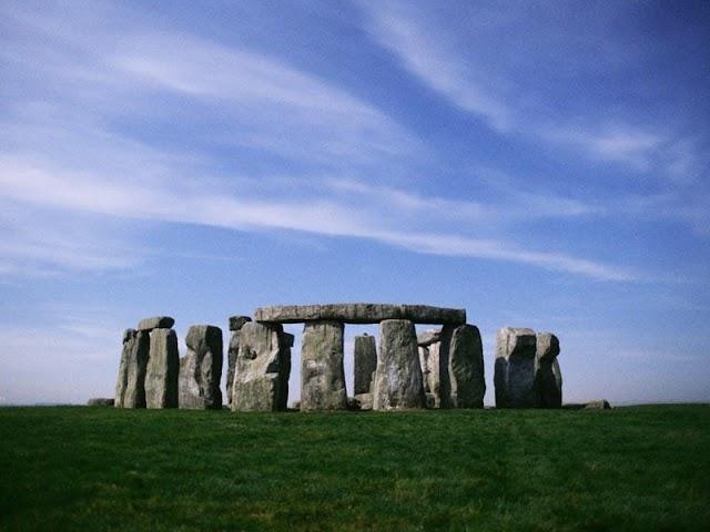 Você sabe o que é o Stonehenge? Conheça!