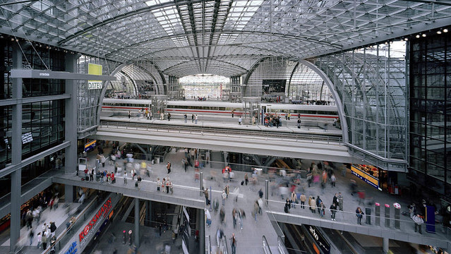 GMP_Stazione-passante_Berlino_2006