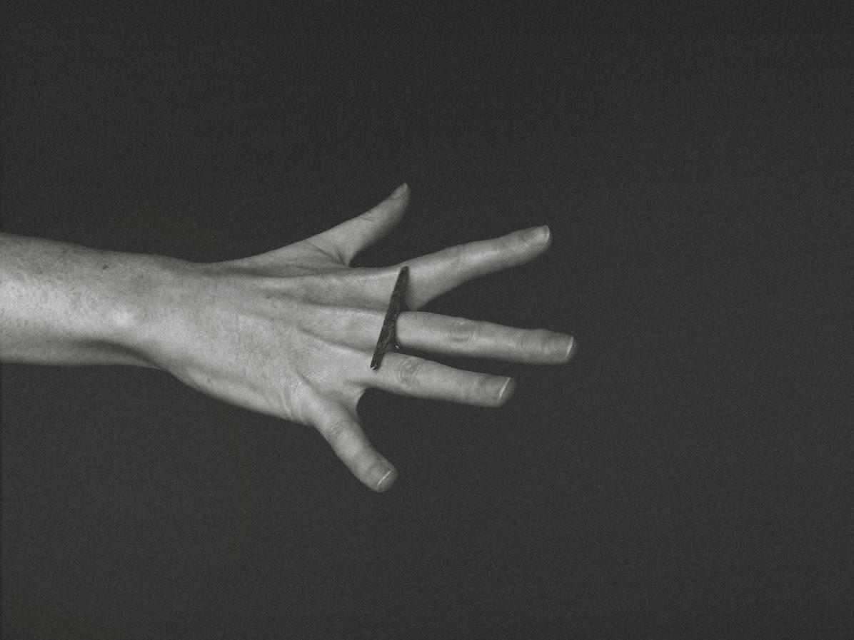 Meloni Mitchell - Long Horizontal Plane Ring
