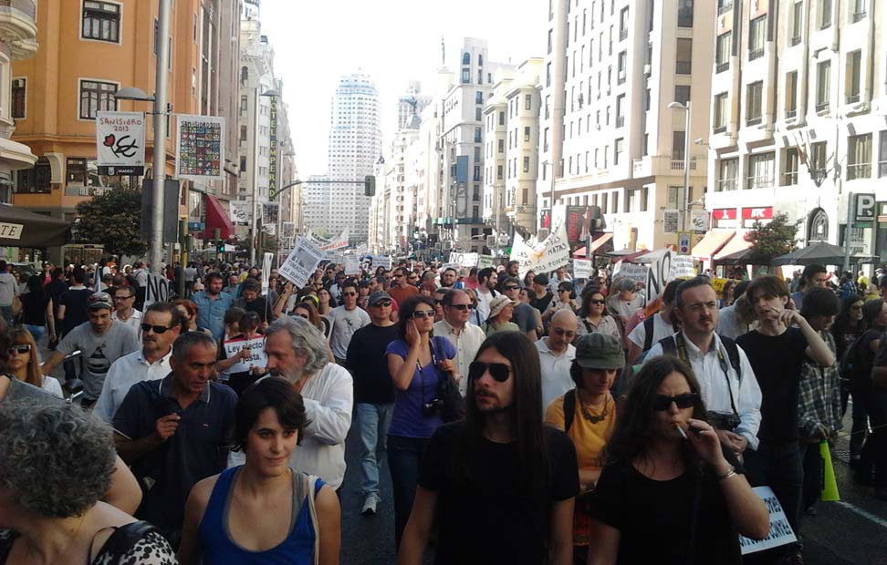 Miles de indignados volvieron a la calles de Madrid para conmemorar el segundo aniversario del 15-M.
