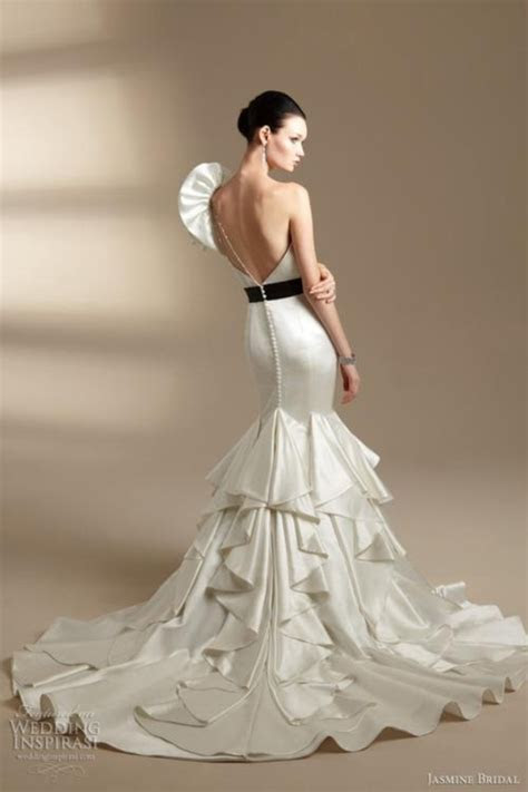 Spanish Style Wedding Dress   one shoulder and big trail