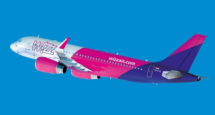 wizzair-a320_flying-900px