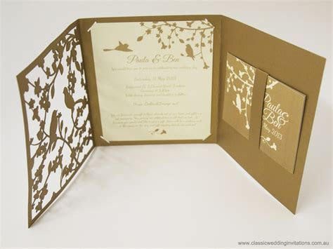 Classic Wedding Invitations   Garden forest  Trifold