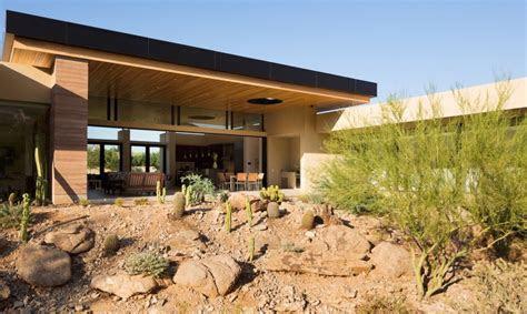 gorgeous desert home blurs  lines  indoor