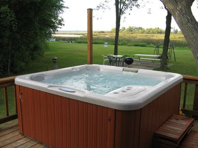 Outdoor Jacuzzi | Modern World Furnishin Designer Blog