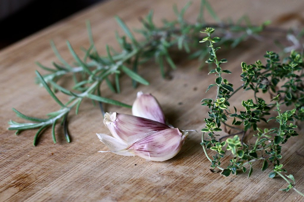 Homegrown Garlic, Rosemary & Lemon Thyme