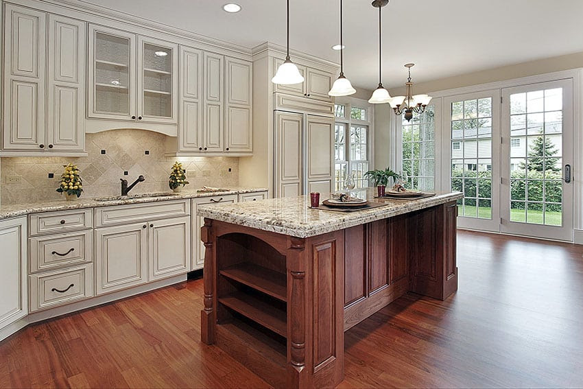 Country Kitchen Cabinets (Ideas & Style Guide) - Designing ...