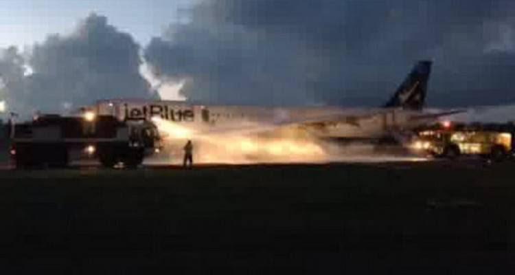 JetBlue A321 Motor fire Puerto Rico 09ag2014_900
