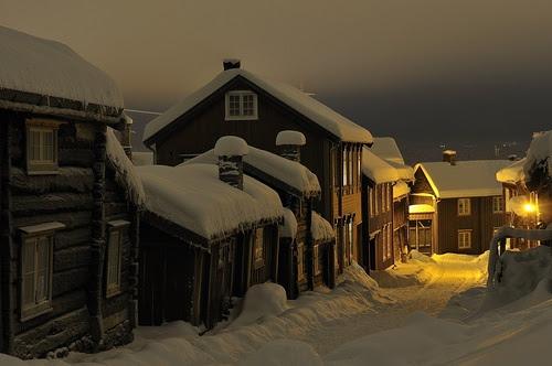 Winters Noite, Roros, Noruega