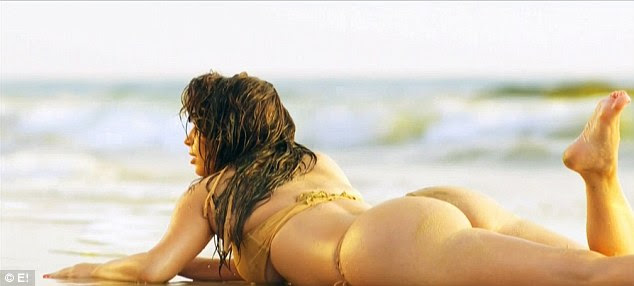 Putting on a show: Kim's much-publicized bikini shoot in Thailand was shown on the episode
