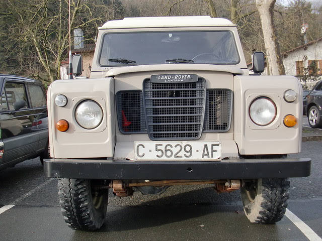 FRONTAL LAND-ROVER SANTANA