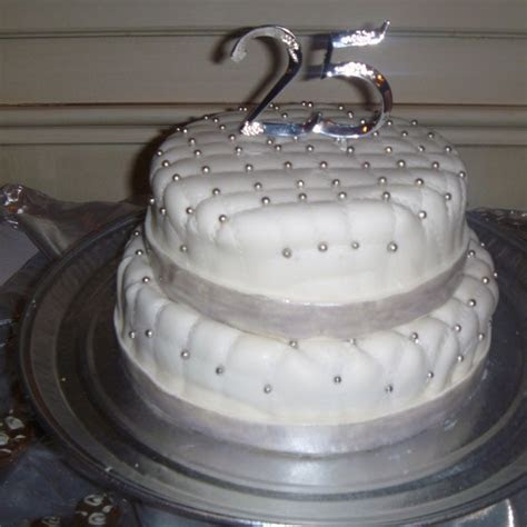 Best 25  25th anniversary cakes ideas on Pinterest   25th