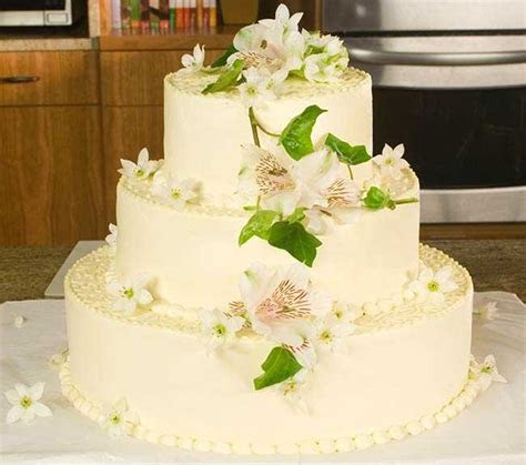 Decorating A Wedding Cake   Allrecipes