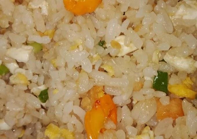 Cara Praktis Mempersiapkan Nasi Goreng ikan asin Lezat