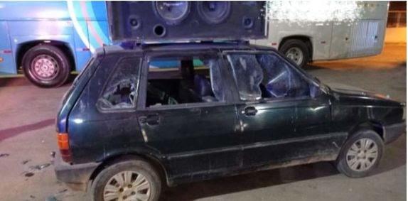 Locutor tem carro de som destruído na cidade de Elísio Medrado