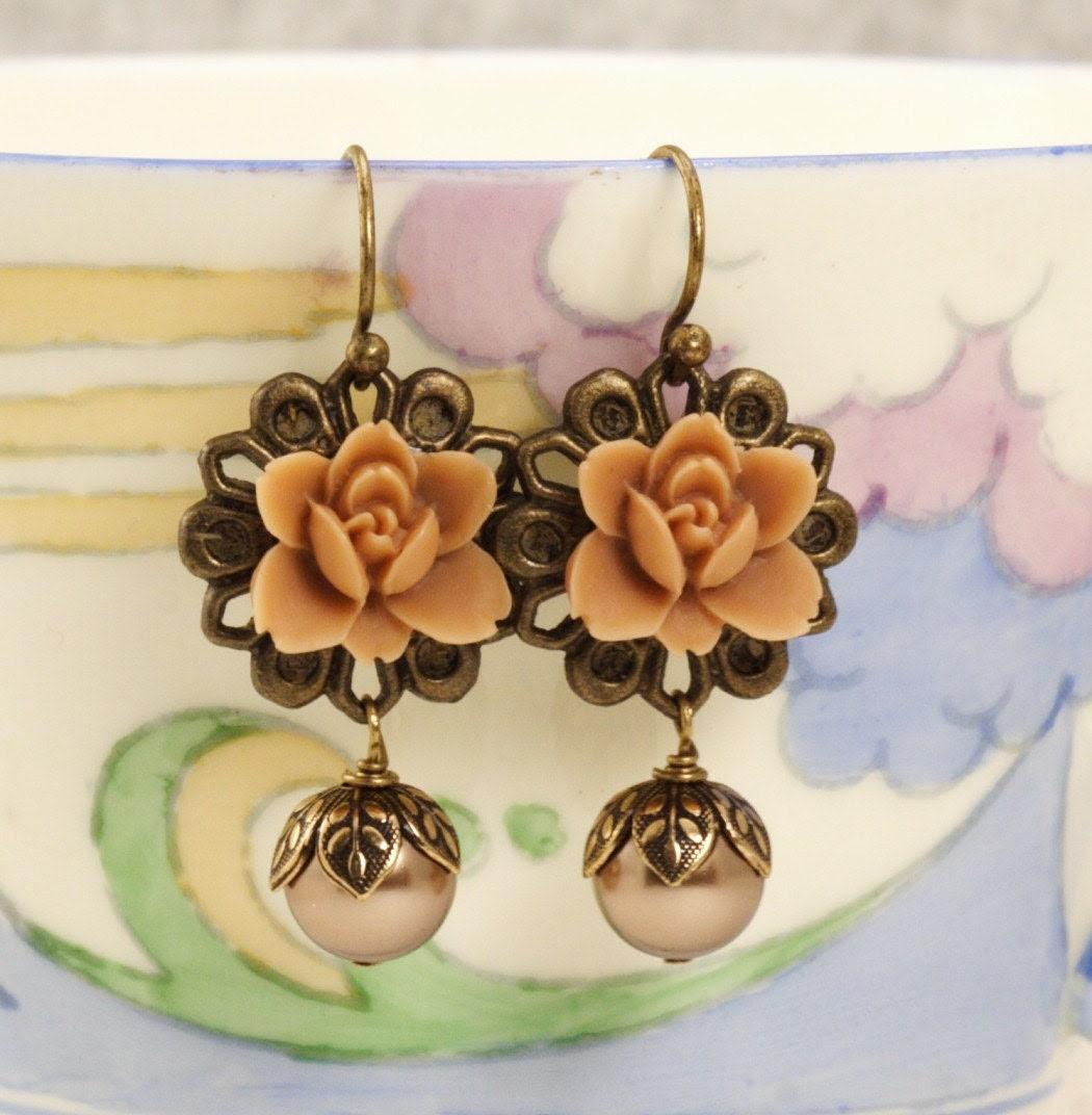 Free Shipping - Latte Flower Earrings