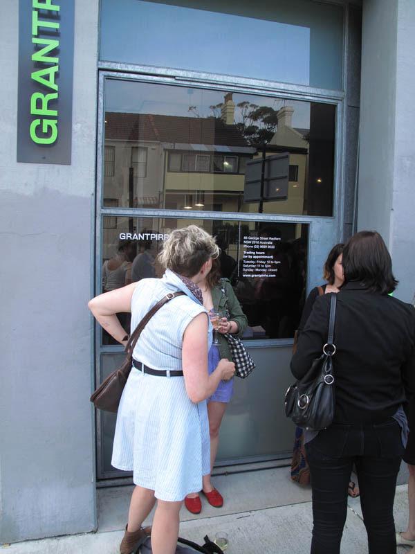 Outside GRANTPIRRIE Gallery 600_0065