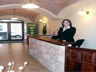 Hotel Karlin Discount