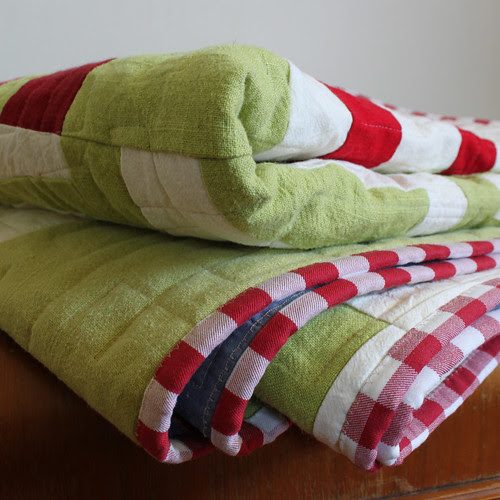 Green and Red Split Log Cabin Quilt