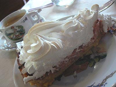 tarte rhubarbe meringuée.jpg