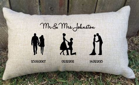 SILHOUETTE TIMELINE couples pillow perfect for bridal