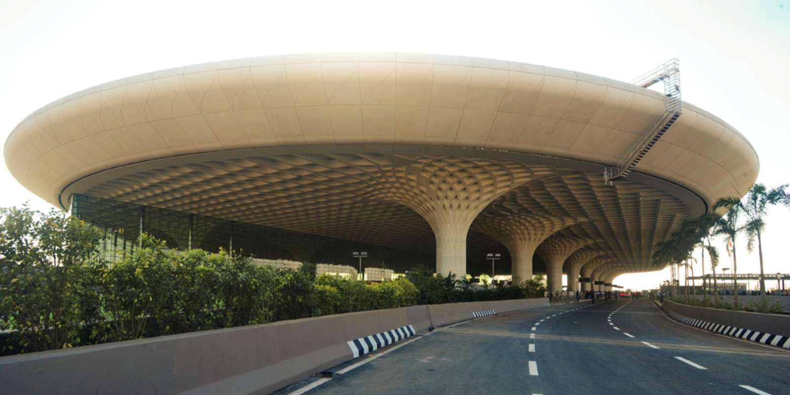Open the Chhatrapati Shivaji International Airport