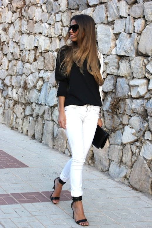24 Le Fashion Blog 30 Fresh Ways To Wear White Jeans Contrast Top Sandals Via Seams For A Desire photo 24-Le-Fashion-Blog-30-Fresh-Ways-To-Wear-White-Jeans-Contrast-Top-Sandals-Via-Seams-For-A-Desire.jpg