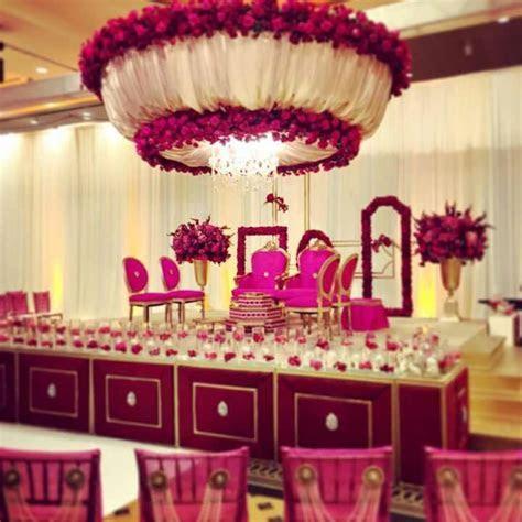 Modern Hindu wedding setup, wedding decor   Brides with