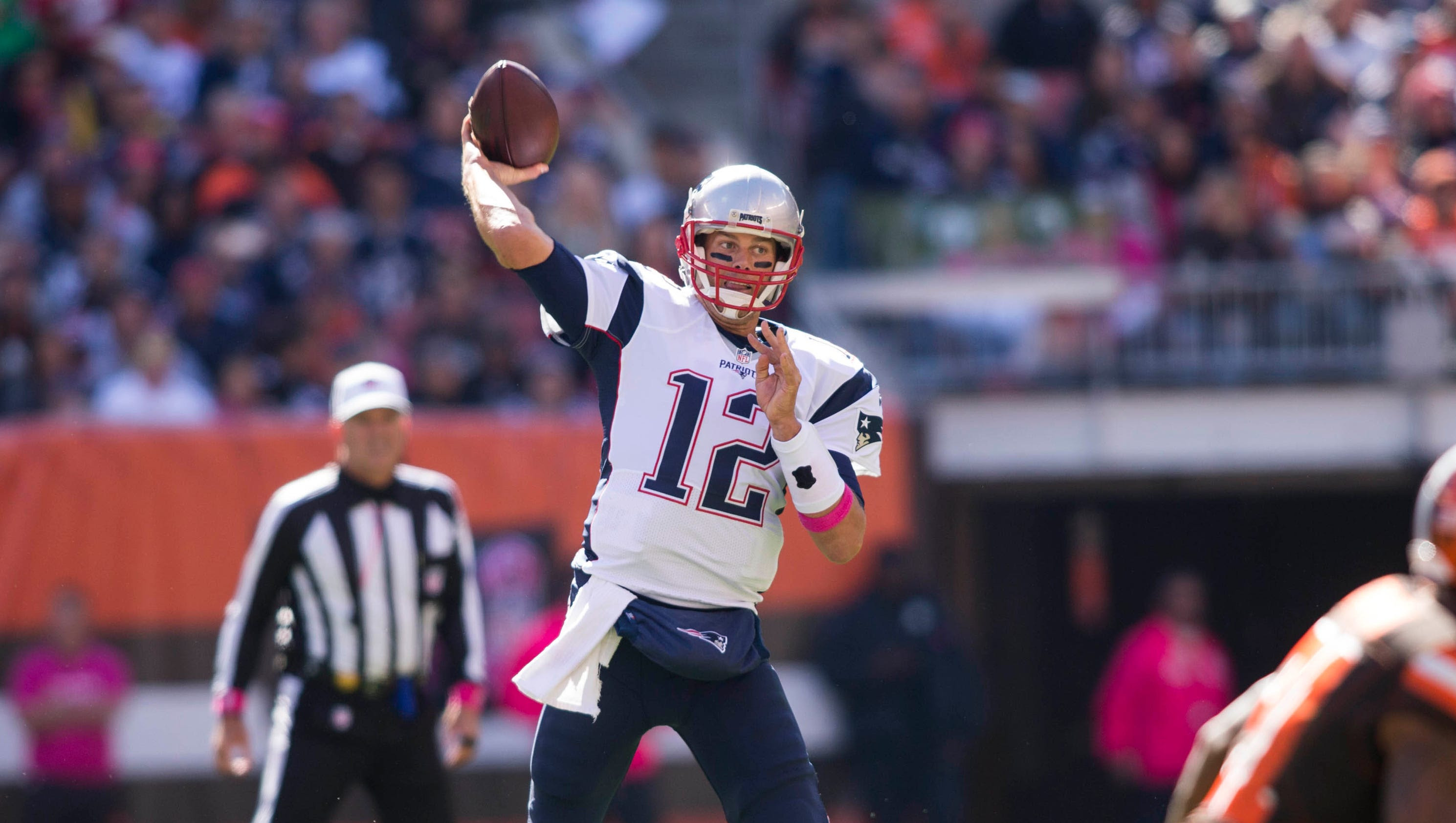 Tom Brady returns from Deflategate ban in top form