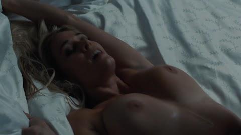 Lauren Compton Nude - Hot 12 Pics   Beautiful, Sexiest