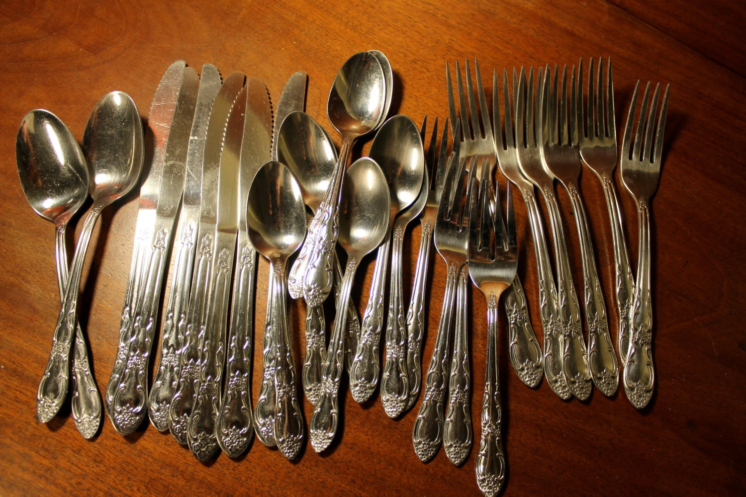 Vintage Flatware from Oneida in Thor OHS103 by AtomicHoliday